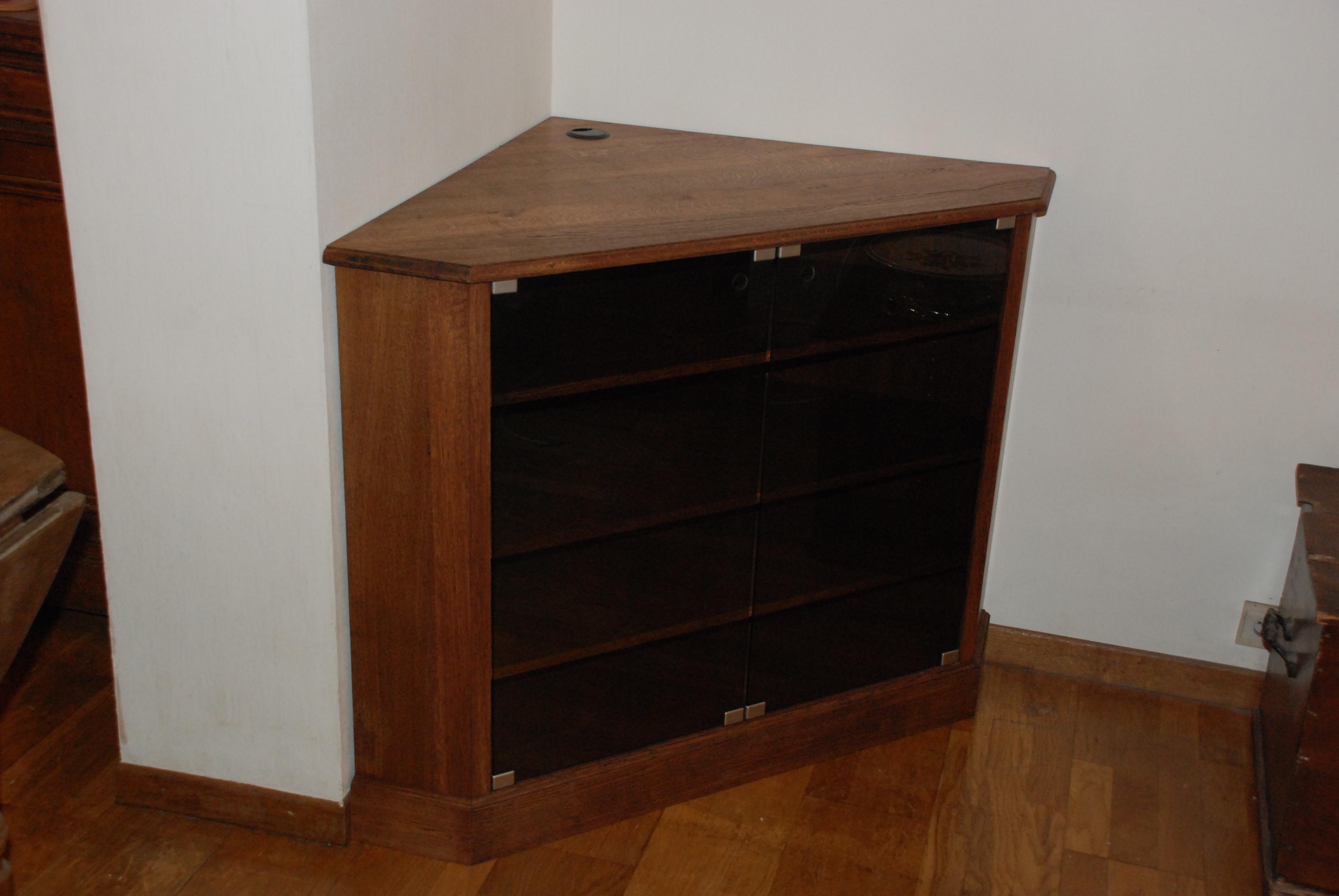 Yannick de lauw menuisier eb niste meubles salon for Meuble tv yannick